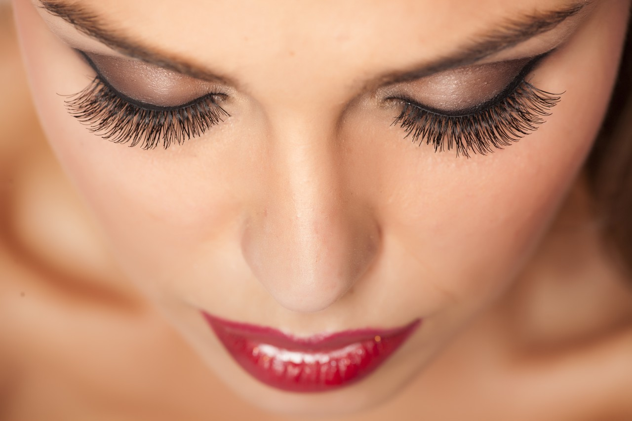 Beautiful Eye Makeup Looks for Valentines Day