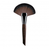 Make Up For Ever Powder Fan Brush 134